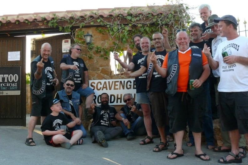 scavengers group photo international