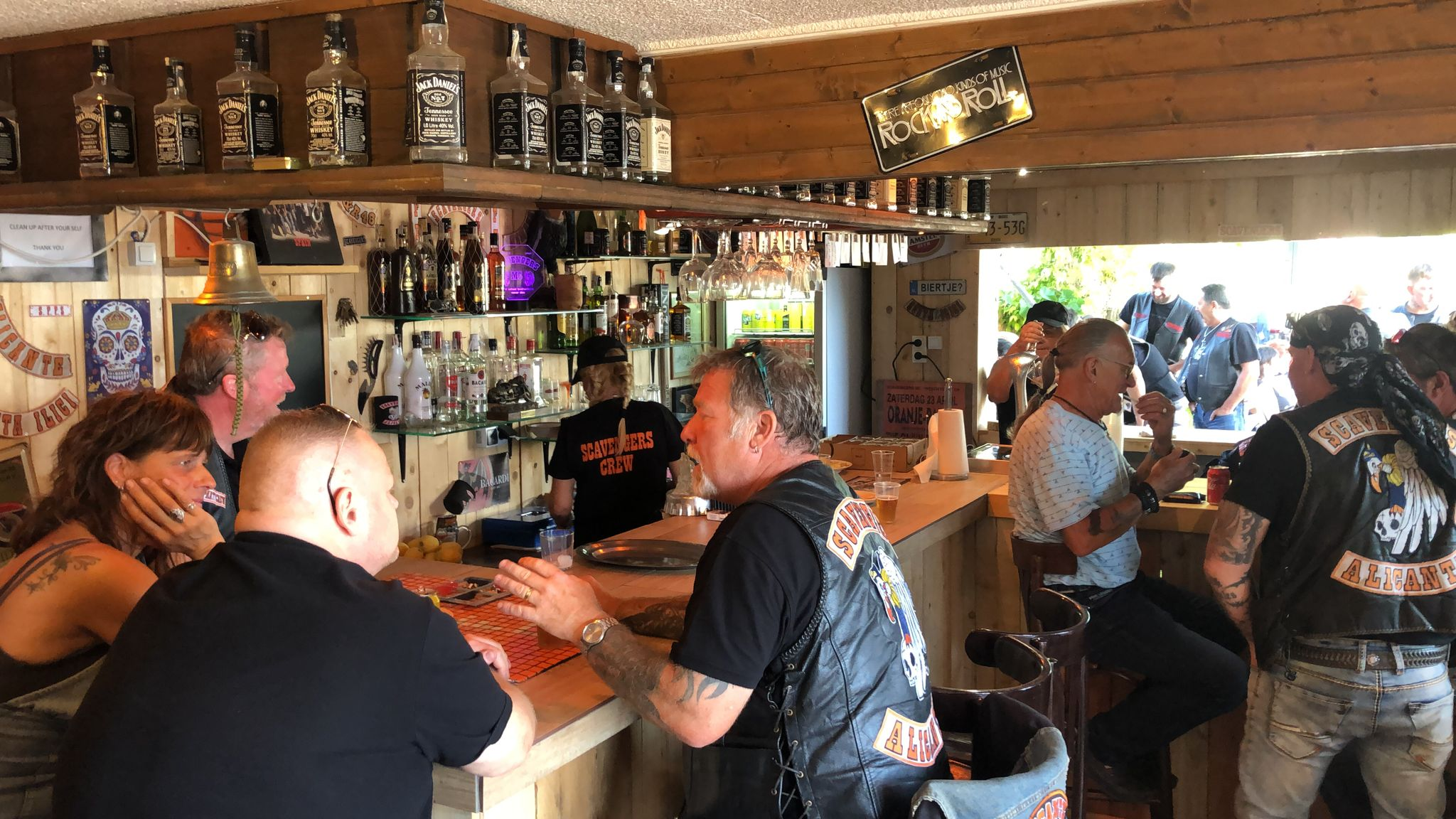 the bar at the scavengers clubhouse